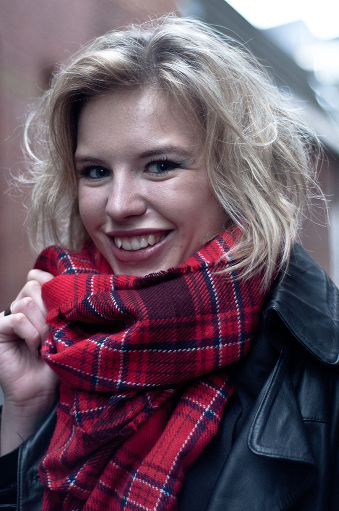 RED REIDING HOOD: Fashion blogger wearing tartan plaid scarf messy hair don't care short haircut
