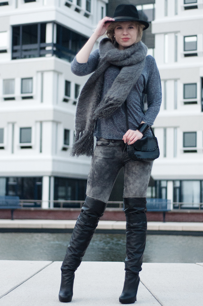 RED REIDING HOOD: Fashion blogger wearing grey tie dye jeans The Sting over the knee boots model off duty streetstyle