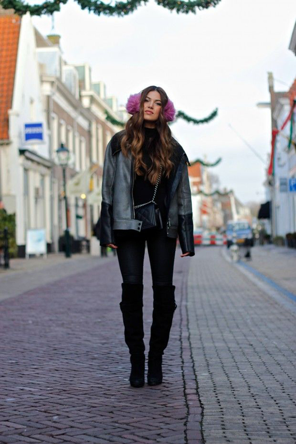 RED REIDING HOOD: My top 10 fashion blogs Negin Mirsalehi Most promosing fashion blog stylight Dutch instram girl pink earmuffs all black everything leather outfit