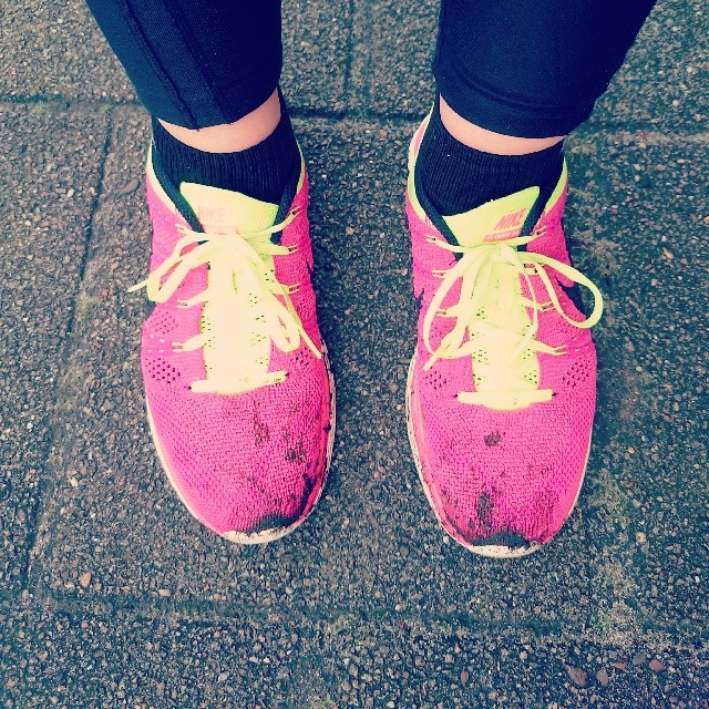 RED REIDING HOOD: Nike Flyknit sneakers pink yellow chicks on kicks training running instagram fitspo