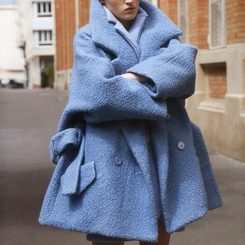 RED REIDING HOOD: fashion blogger model off duty wearing big oversized boyfriend baby blue pastel coat jacket streetstyle pinterest inspiration