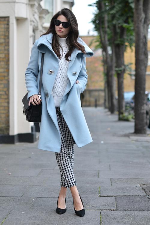 RED REIDING HOOD: Fashion blogger wearing oversized baby blue pastel trench coat karen millen check pants