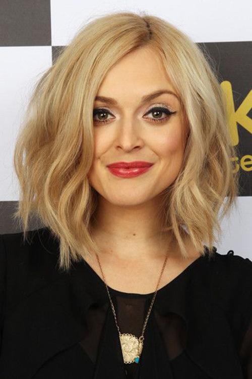 RED REIDING HOOD: Hair inspiration beachy wavy hair cut blond short hair shoulder length chop pinterest