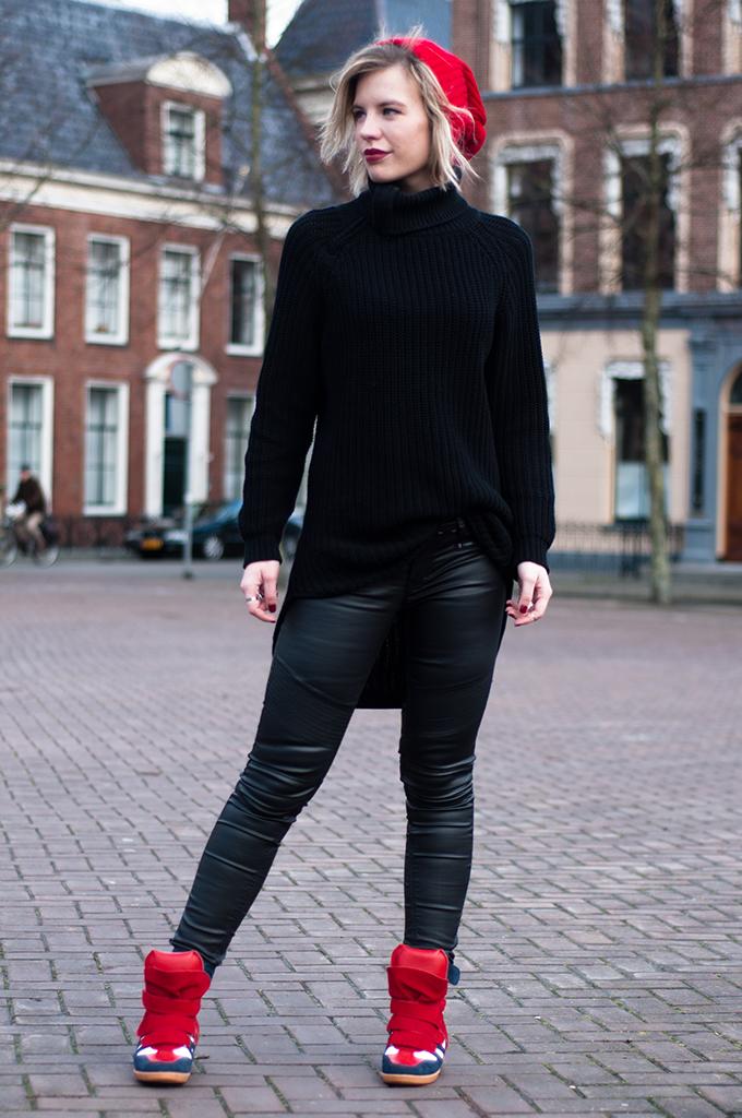 RED REIDING HOOD: All black everything outfit fashion blogger oversized knitted tutrleneck hope grand sweater Isabel Marant bekett designer shoes model off duty streetstyle