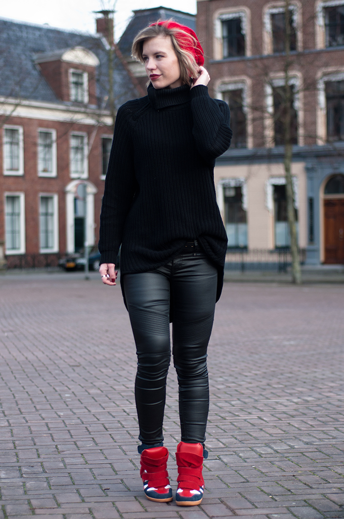 RED REIDING HOOD: Faux leather pants fashion blogger wearing all black everything outfit streetstyle Isabel Marant bekett wedge sneakers model off duty