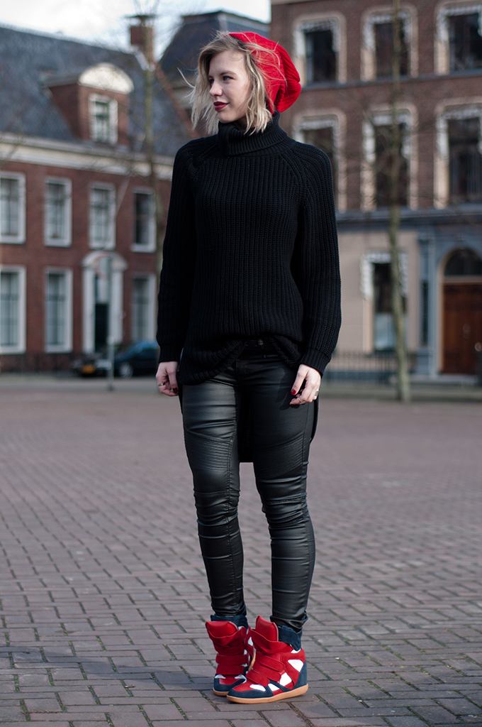 RED REIDING HOOD: Fashion blogger wearing red boyfriend beanie asos streetstyle all black everything outfit model off duty isabel marant sneakers