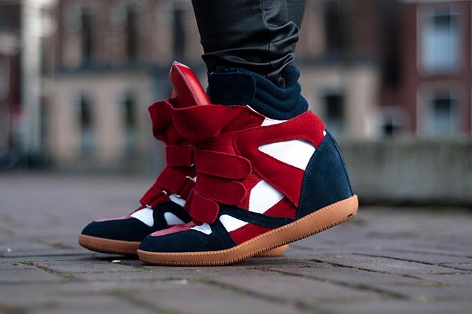 RED REIDING HOOD: Isabel Marant Bekett wedge sneakers designer shoes streetstyle model off duty look outfit details