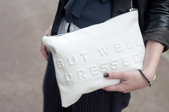 RED REIDING HOOD: White zara clutch relief text stressed but well dressed streetstyle fashion week