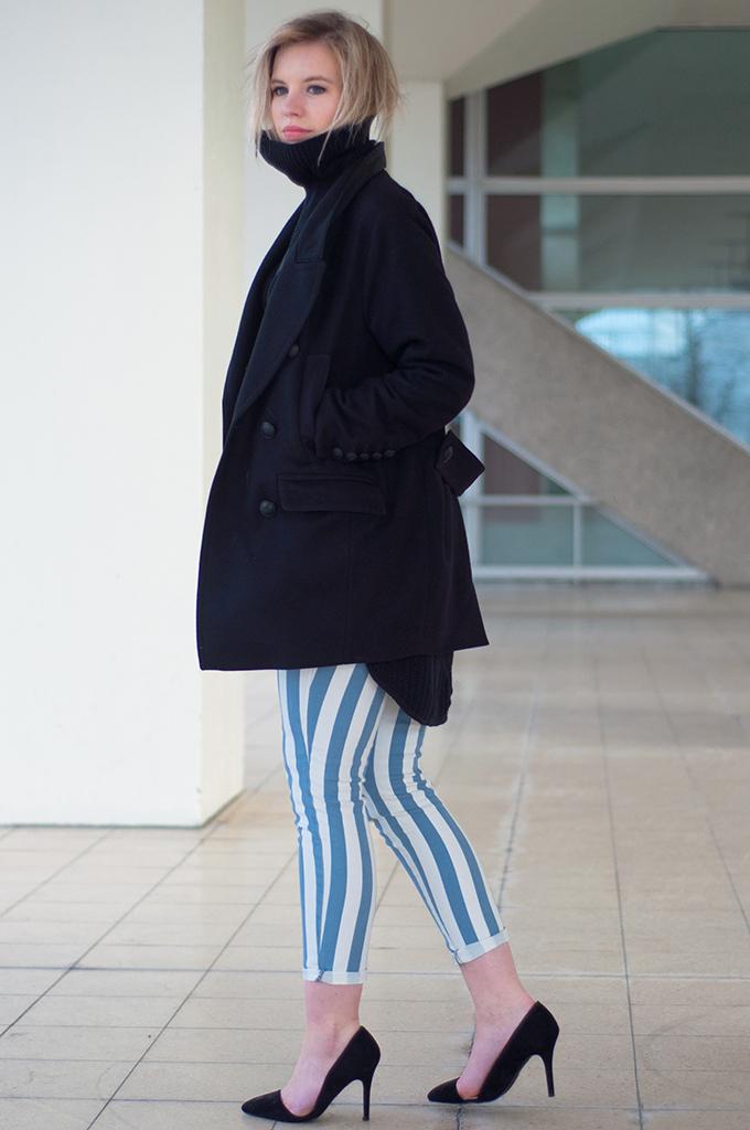 RED REIDING HOOD: Fashion blogger wearing black knitted turtleneck drykorn coat baby blue striped pants zara cut out heels