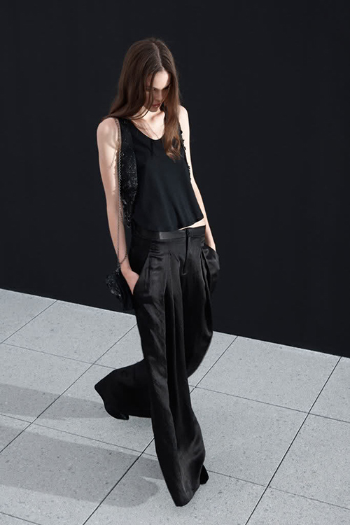 RED REIDING HOOD: All black everything wide pants inspiration suit trousers slouchy streetstyle pinterest