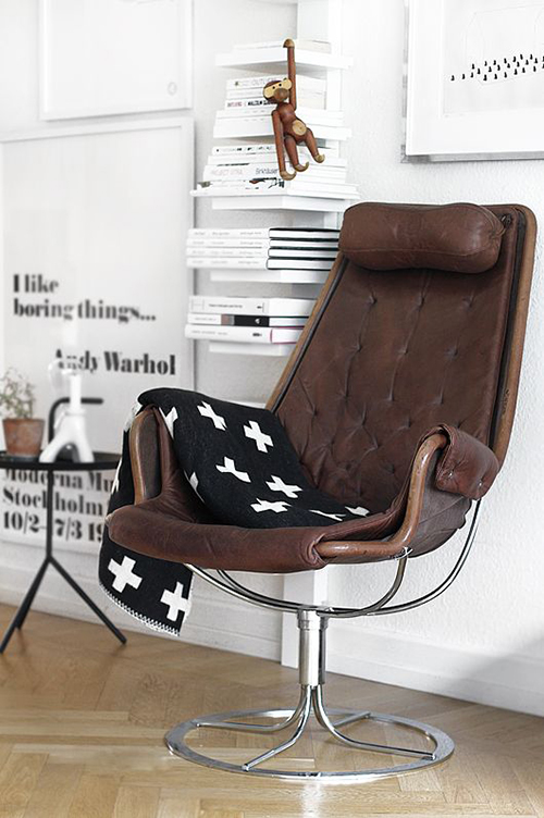 RED REIDING HOOD: Home deco brown leather lounge chair inspiration pinterest interior