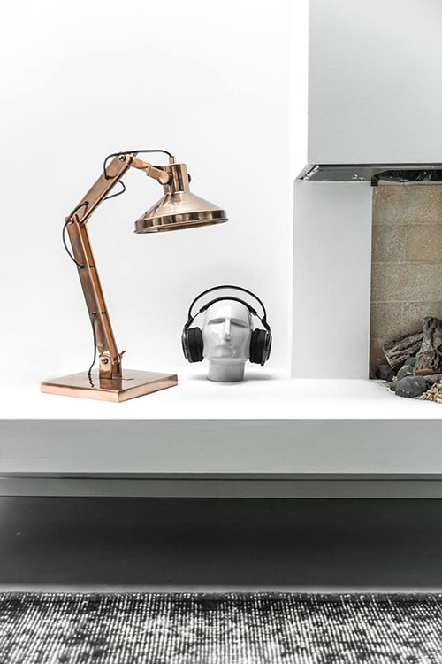 RED REIDING HOOD: Copper rosegold table stand lamp headphones home deco interior inspiration pinterest