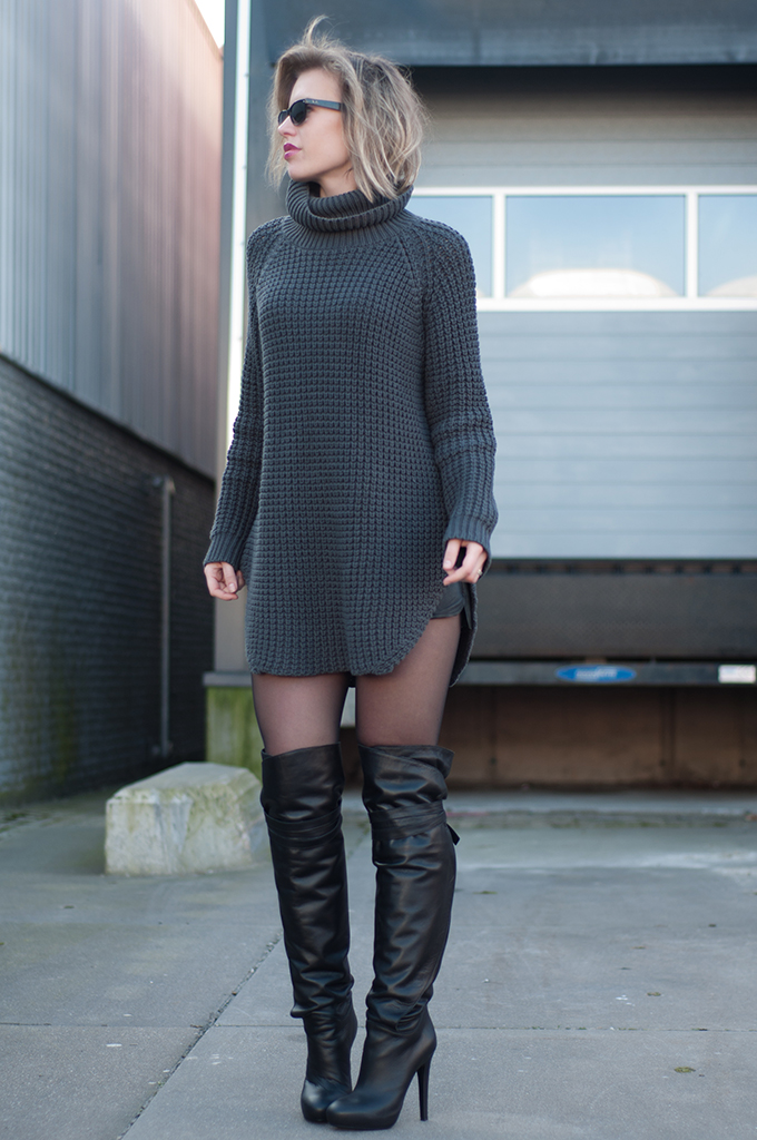 RED REIDING HOOD: Knitted sweater dress model off duty Hope Grand Sweater knitwear outfit fashion blogger wearing over the knee boots