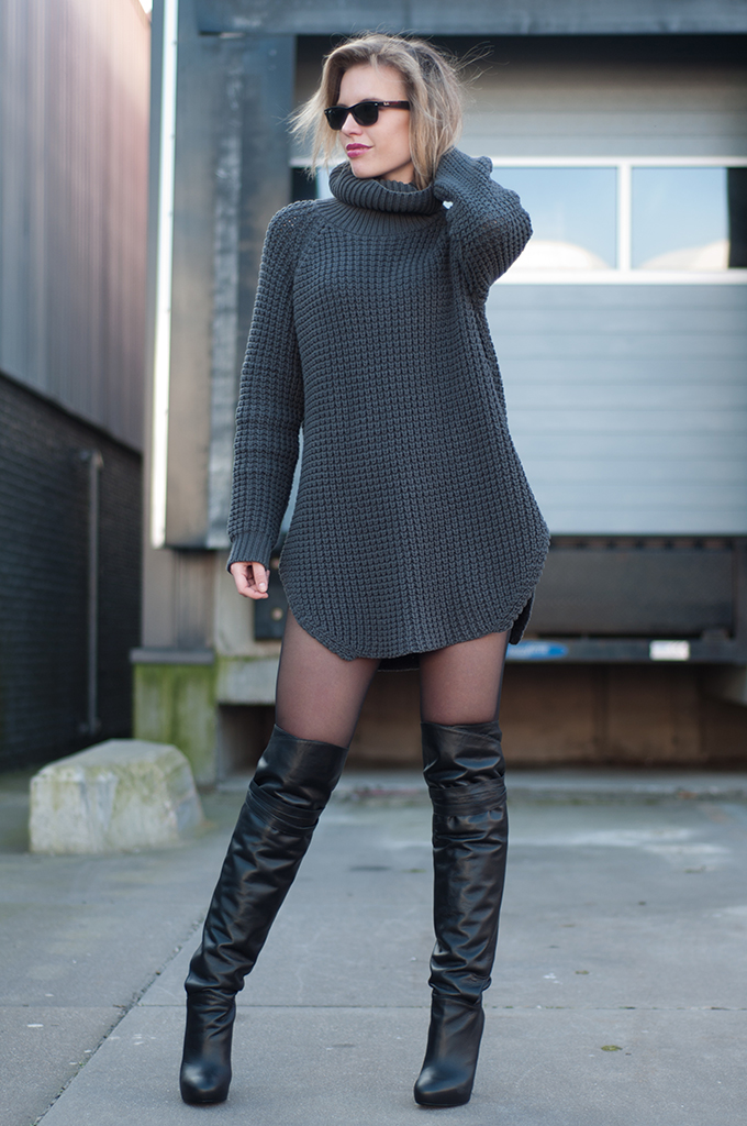 OUTFIT / SWEATER DRESS | RED REIDING HOODRED REIDING HOOD