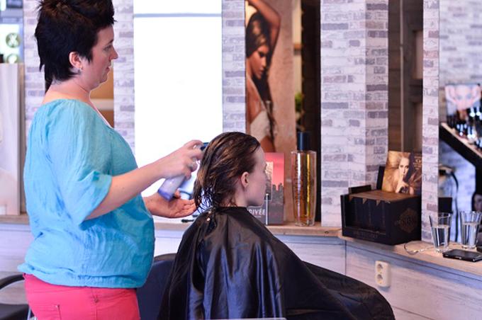 RED REIDING HOOD: Bloggers event Mooi onder één kap haarstudio haar verwenmoment