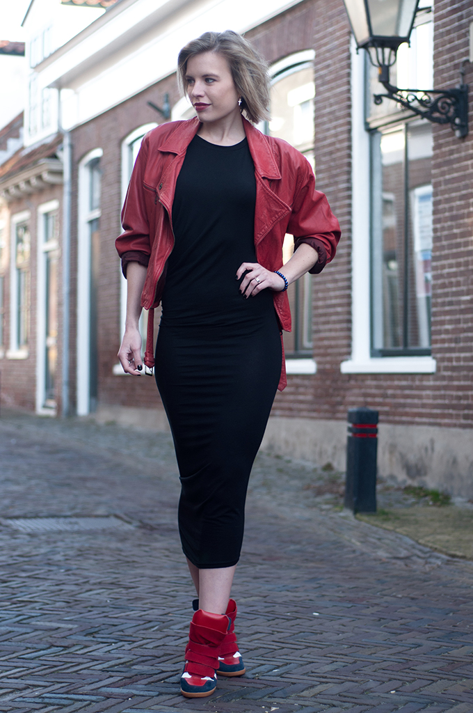 RED REIDING HOOD: Fashion blogger wearing wrap maxi dress Alexander Wang KO vintage red leather jacket streetstyle