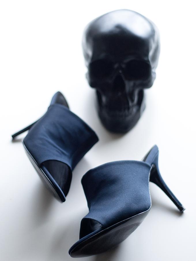 RED REIDING HOOD: Fashion blogger online shopping H&M mules navy blue satin muiltjes navy blauw satijn