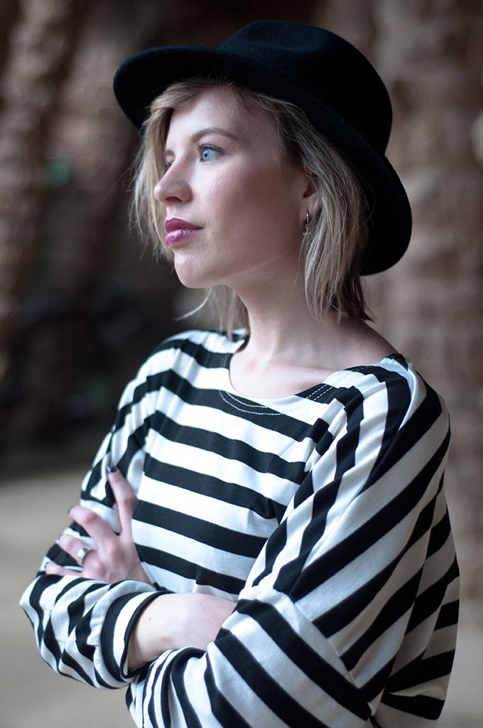 RED REIDING HOOD: Fashion blogger wearing fedora hat striped shirt model off duty Paris look