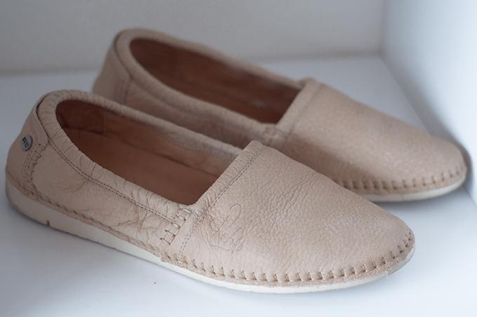 RED REIDING HOOD: Rehab logan loafers nude cream beige comfy shoes espadrilles
