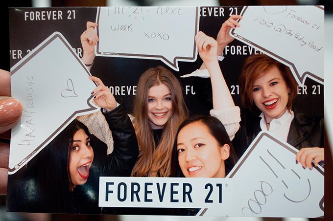 RED REIDING HOOD: Forever 21 VIP opening event blogger photobooth