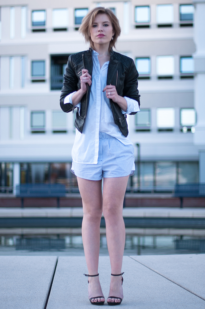 RED REIDING HOOD: Fashion blogger wearing PJ suit Alexander Wang pyjamas streetstyle leather jacket strappy sandals