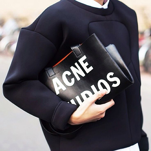 RED REIDING HOOD: Streetstyle scuba sweater Acne Studios bag Pinterest fashion inspiration