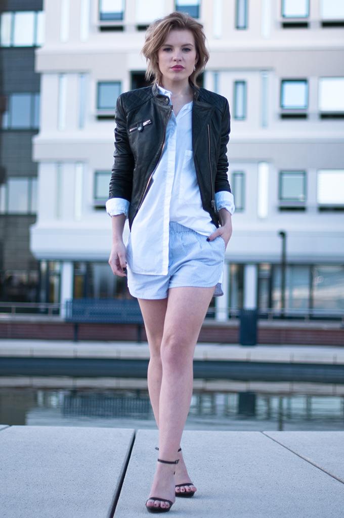 RED REIDING HOOD: Fashion blogger wearing Alexander Wang PJ shorts oversized shirt black leather jacket streetstyle