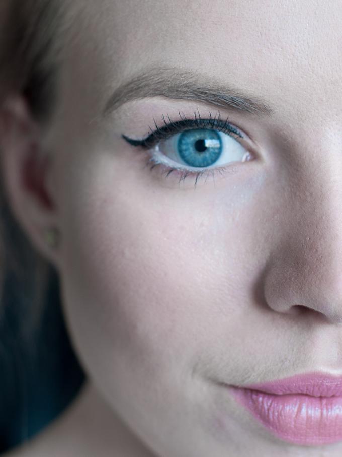 RED REIDING HOOD: Blogger make up look review Anastasia dipbrow pomade eyebrows tutorial