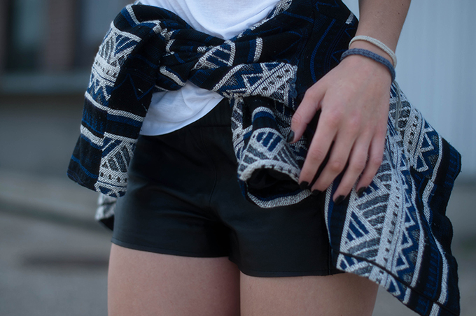 RED REIDING HOOD: Fashion blogger wearing primark aztec jacket tied around the waist streetstyle leather jogger shorts model off dut