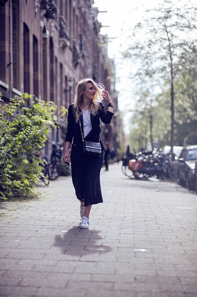 RED REIDING HOOD: Fashion blogger Raspberry & Rouge wearing River Island culottes streetstyle Adidas superstar sneakers comfy look