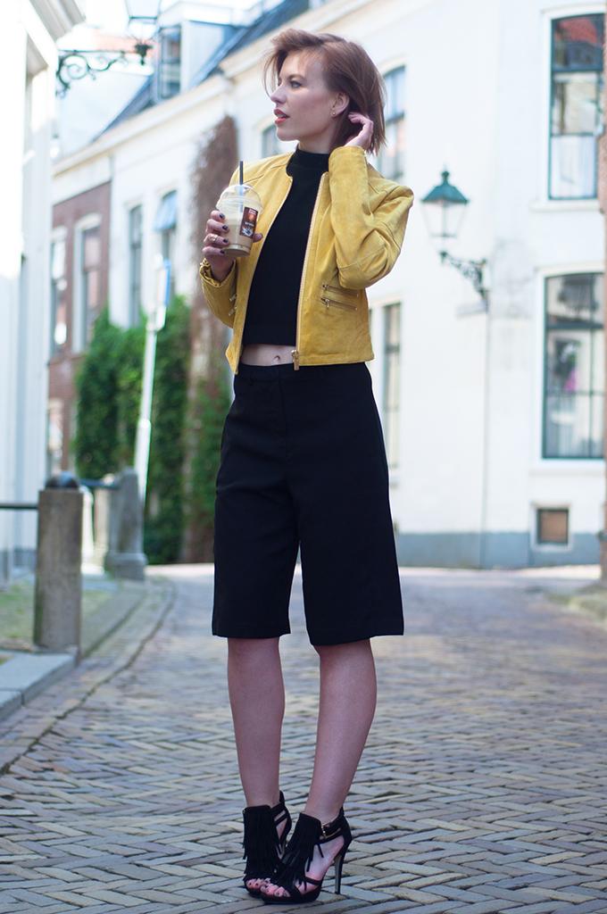 RED REIDING HOOD: Fashion blogger Rowan Reiding wearing Forever 21 Culottes streetstyle