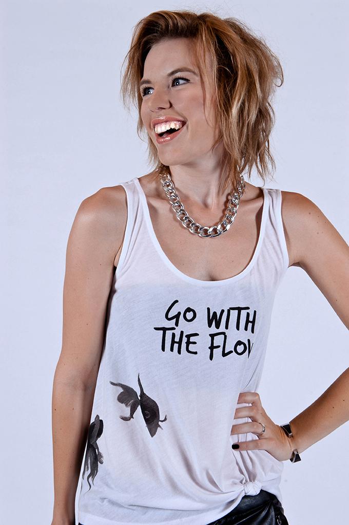 RED REIDING HOOD: Fashion blogger designs T-shirt for CoolCat store Rowan Reiding ontwerpt top vissen go with the flow