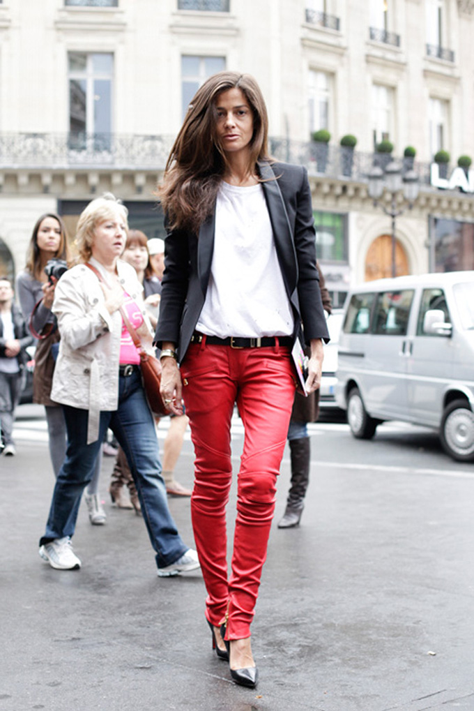 RED REIDING HOOD: Fashion blogger wearing red leather pants streetstyle model off duty look