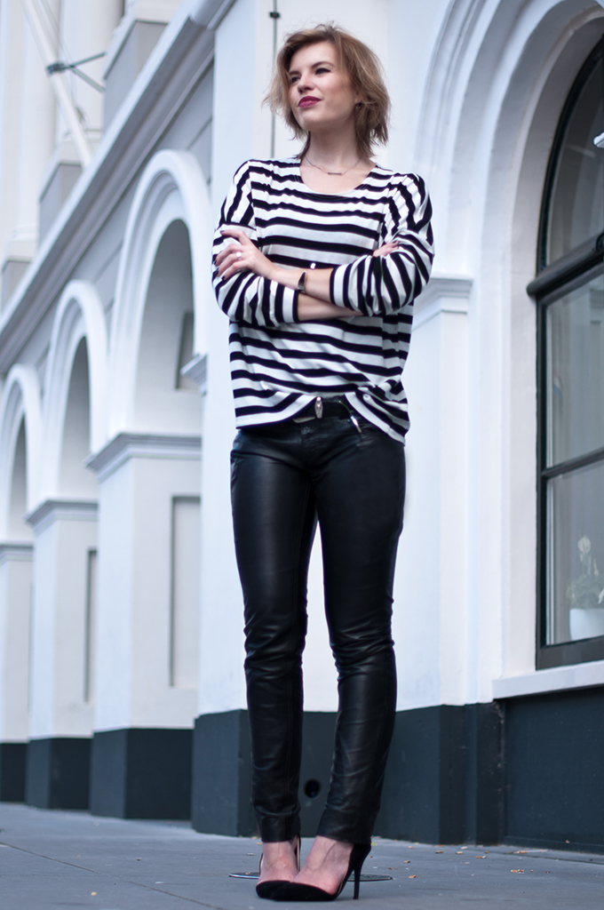 RED REIDING HOOD: Fashion blogger wearing black leather pants Gipsy streetstyle breton striped shirt Zara cut out asymmetric court shoes pumps