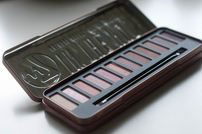 RED REIDING HOOD: W7 in the nude palette urban decay naked palette dupe review beauty blogger
