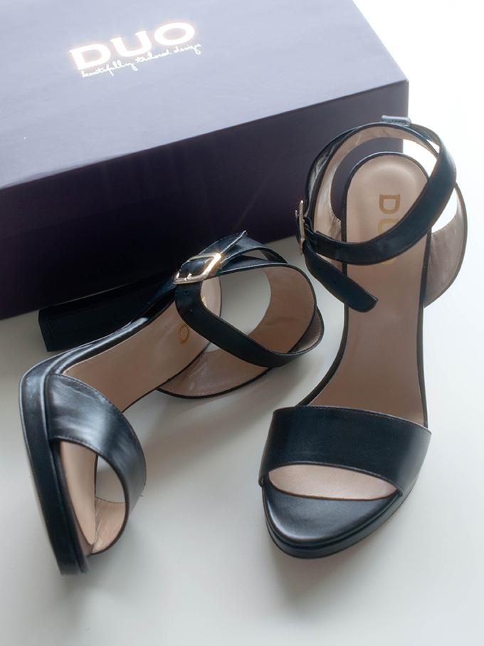 RED REIDING HOOD: Duo Boots zahira sandals giveaway winactie schoenen