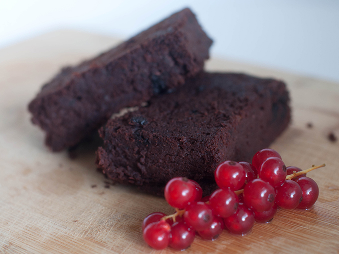 RED REIDING HOOD: Food blogger healthy black bean brownies recipe clean eating snacks gezonde zwarte bonen brownies recept