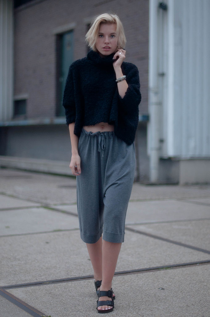 RED REIDING HOOD: Fashion blogger wearing Acne Heide culottes street style cropped jumper fluffy knit