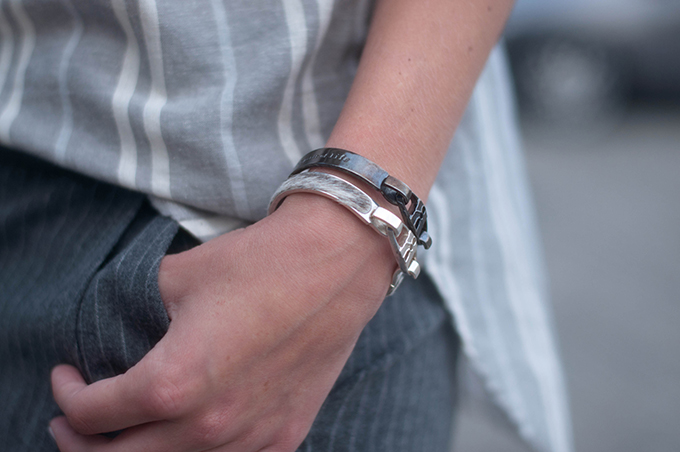 RED REIDING HOOD: Fashion blogger wearing Bandhu Union bracelets street style all grey ensemble outfit details