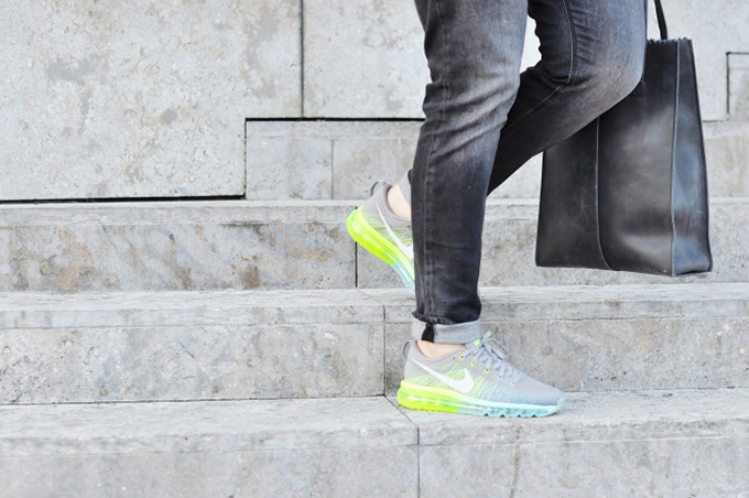 RED REIDING HOOD: fashion blogger six feet from the edge wearing nike air max 2014 sneakers street style