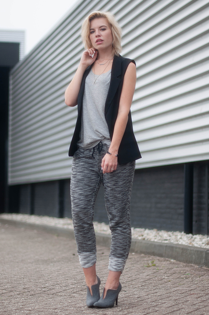 RED REIDING HOOD: Fashion blogger wearing knitted joggers H&M sleeveless blazer outfit