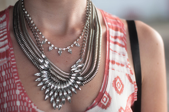 RED REIDING HOOD: Fashion blogger wearing statement necklace outfit details