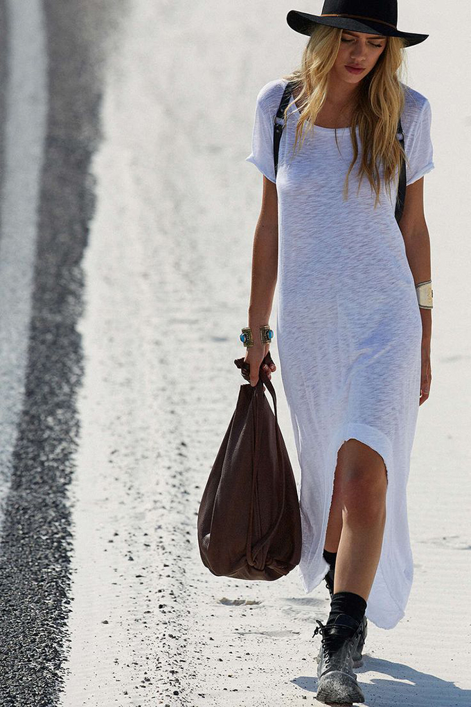 RED REIDING HOOD: Fashion blogger wearing white maxi dress street style western cowboy hat outfit