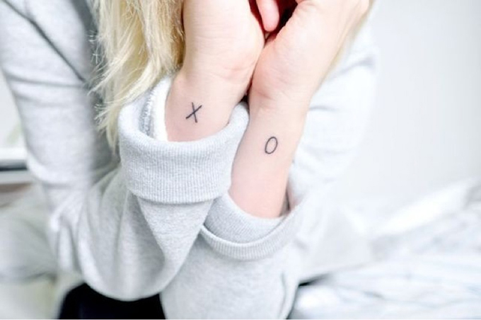 RED REIDING HOOD: Blogger X O wrists tattoo text ink inspiration