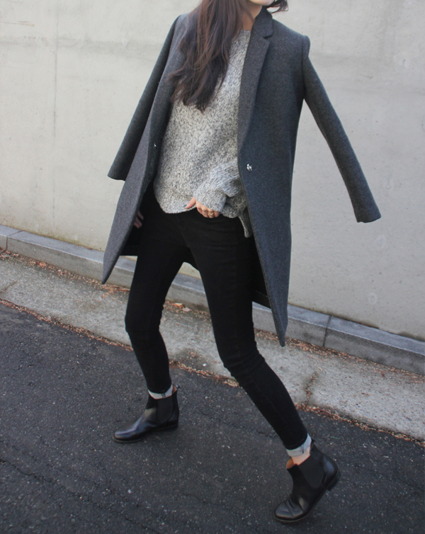 RED REIDING HOOD: Fashion blogger Chelsea boots outfit street style