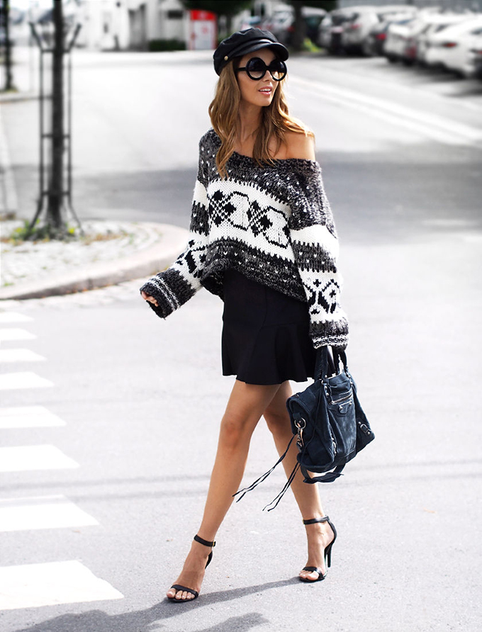 RED REIDING HOOD: Fashion blogger wearing oversized knitted nordic sweater heavy knit jumper street style off shoulder