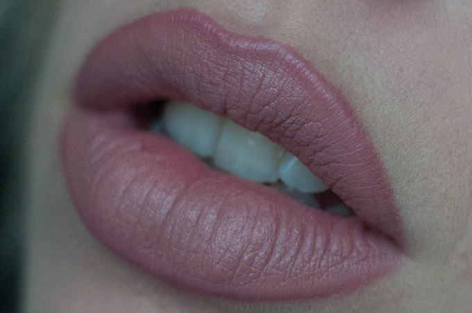 RED REIDING HOOD: how to Kylie lip Kylie Jenner lips tutorial lipliner lipstick beauty