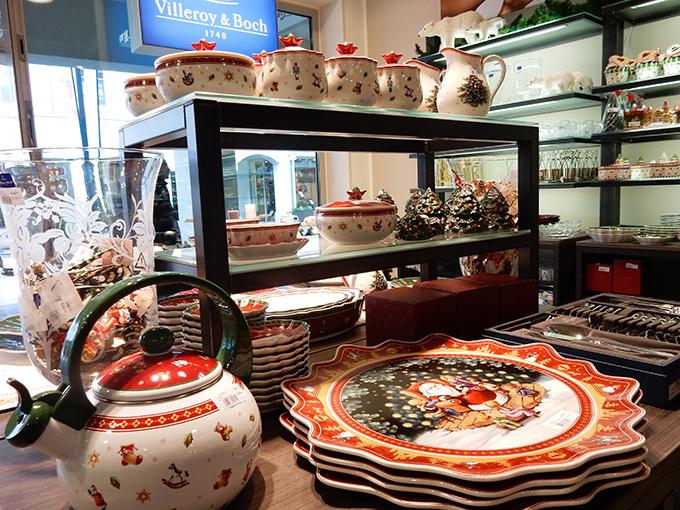 RED REIDING HOOD: Blogger event happy giving hunt designer outlet christmas shopping tableware