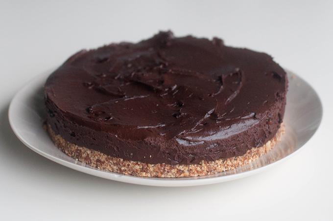 RED REIDING HOOD: Guilt free chocolate pie avocado cacao cake healthy raw clean recipe gezond recept chocoladetaart voedselzandloper
