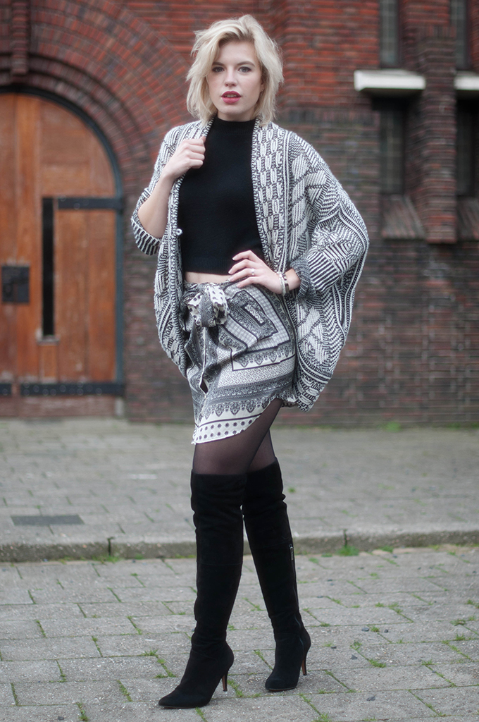 RED REIDING HOOD: Fashion blogger wearing shirt skirt street style over the knee boots heavy knit cardigan